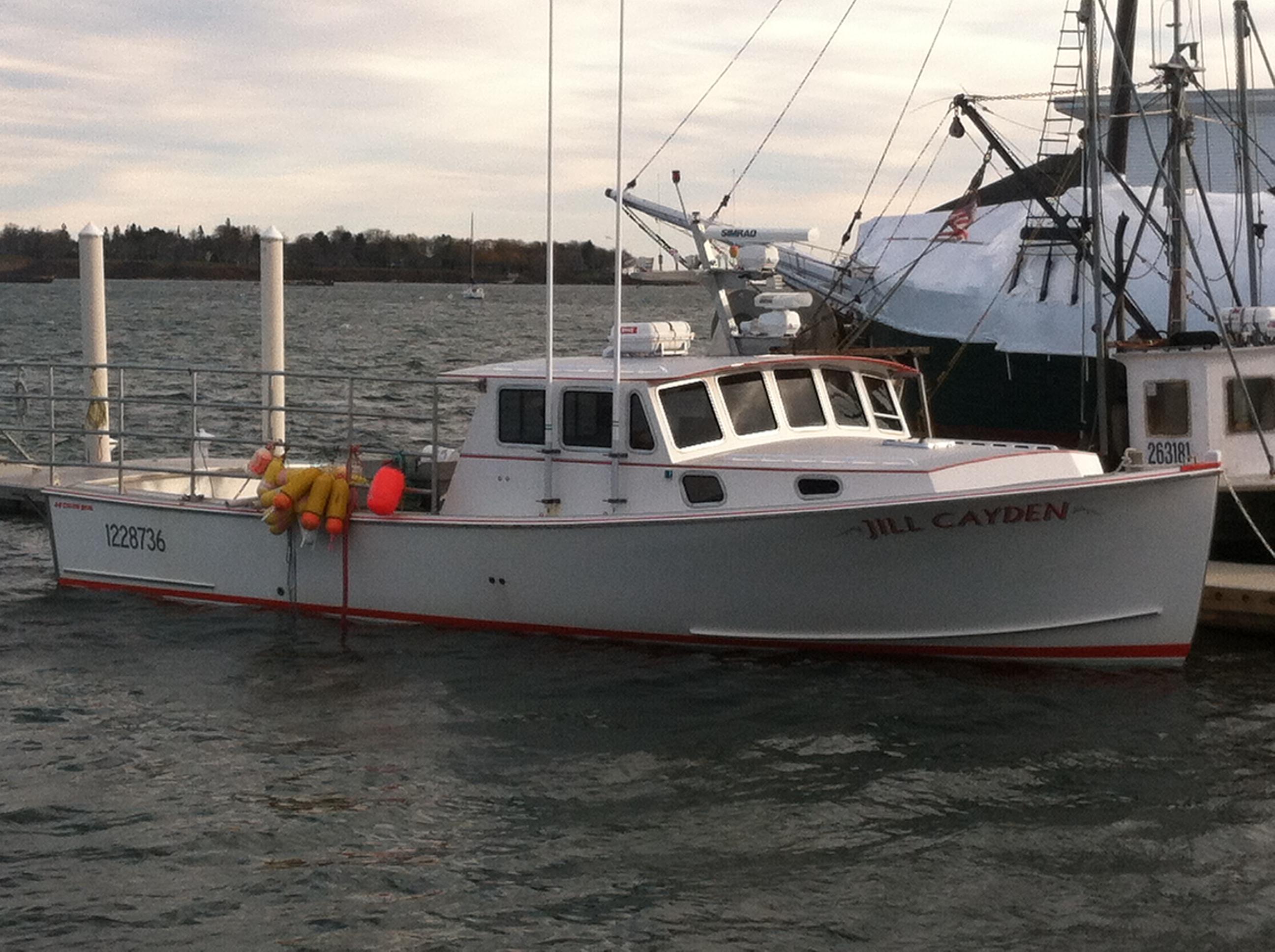 Maine Lobster boat   SaltLife.me